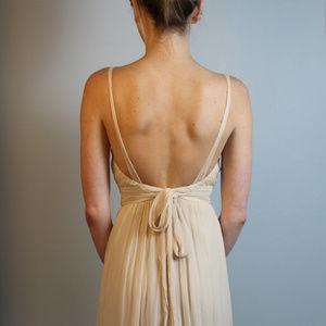 FLASH SALE Vera Wang Cream Chiffon Silk Gown